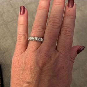 Bling stretch ring